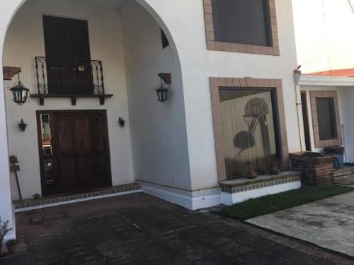 Bonita Casa En Venta En Lomas De La Herradura