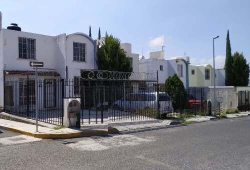 Casa En Venta En Esquina.
