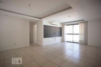 Apartamento No 5º Andar Com 2 Dormitórios E 1 Garagem - Id: 892916435 - 216435