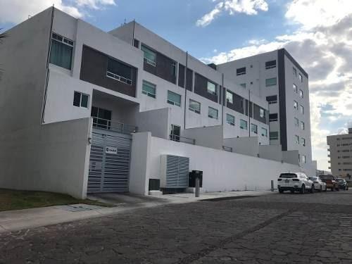 Casa Duplex En Venta. Cañadas Del Lago, Queretaro. Rcv190919-lr