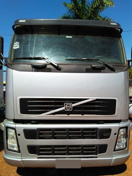 Caminhão Volvo Fh12 440 6x2 Ano 2008