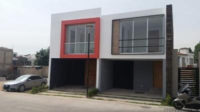 Se Vende Hermosa Casa En Coto Punta Norte