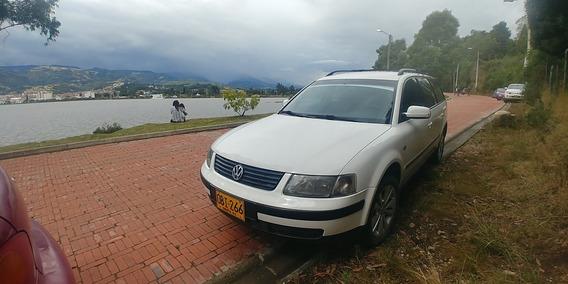 Volkswagen Passat Sedan