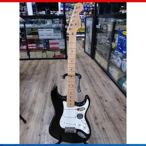 Guitarra Fender Strato U.s.a Com Case Original Fender