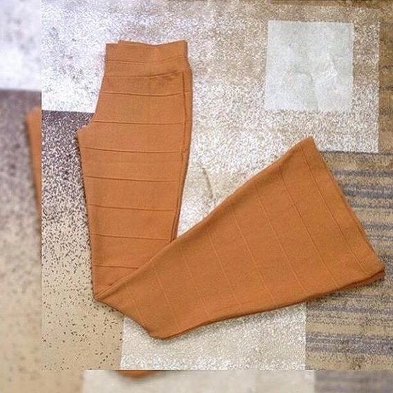 Calça Bandagem Flare Acetinada-cintura Alta Boca Sino