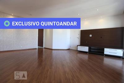 Apartamento No 11º Andar Com 2 Dormitórios E 2 Garagens - Id: 892920351 - 220351