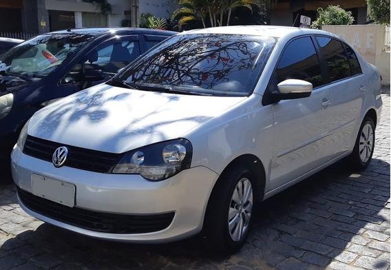 Vw Polo Sedan 1.6 2014 Ótimo