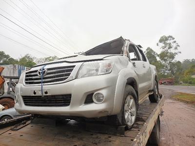 Sucata Toyota Hilux 3.0 4x4 Srv 2012 P/venda De Peças Usadas