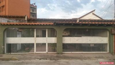 Casa En La Mora. Residencia. Villa Victoria.