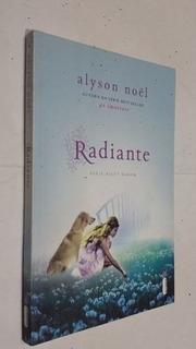Revista Radiante - Série Riley Bloom Volume 1 Alyson Noël