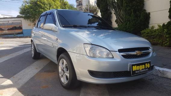 Chevrolet Classic Ls 1.0 Flex 4p 2011 Prata Super Conservado