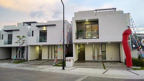Hermosa Casa En Venta En Cañadas Del Arroyo