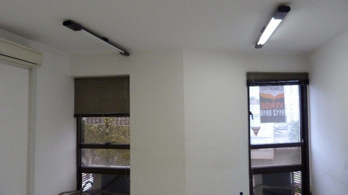 Sala Comercial Na Av. Getúlio Vargas  - 508