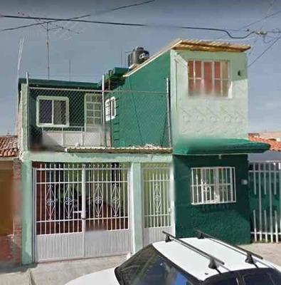 Casa En Venta Colón 2da Sección.