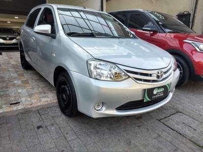 Toyota Etios 1.3x Completo Ano 2015