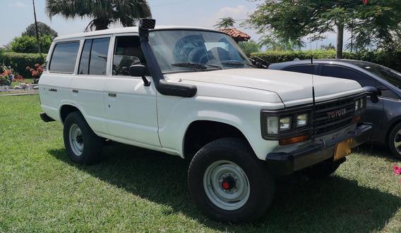 Toyota Land Cruiser Fj62 Standard Modelo 1989 Restaurada 80%