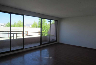 Av. Las Condes / Quinchamali / Duplex