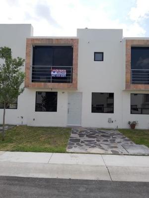 Renta Casa En Fraccionamiento Sonterra