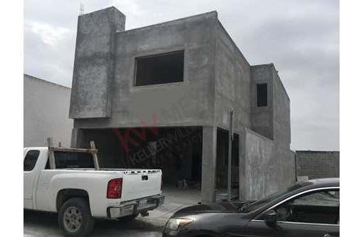 Residencia Nueva En La Zona Mas Exclusiva De Escobedo La Vendimia En La Encomienda