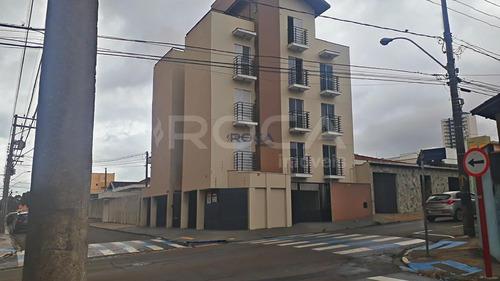 Venda De Apartamentos / Padrão  Na Cidade De São Carlos 23669