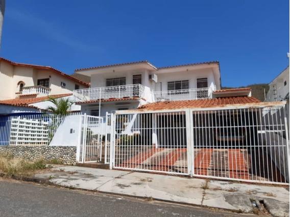 464m2 Casa De Oportunidad En Venta En La Viña