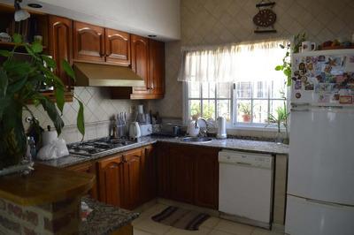 Manco Capac 1600-casa De 6 Amb Con Cochera Patio Y Terraza!!!! - Flores