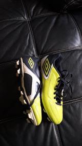 Zapatos De Futbol Marca Umbro Talla Us 10