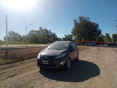 Ford Fiesta Kd Titanium 5p 2011