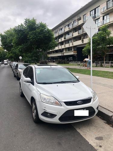 Ford Focus 2.0 16v Trend 5 P. Plus (no Permutas)