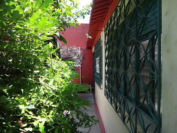 Casa 3 Quartos, 2 Suítes + Apartamento De Quarto E Sala, Maruipe, Vitória - Es. - 2000985