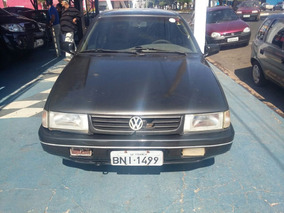 Volkswagen Santana 2000 Gls - 4 Portas - Preto.