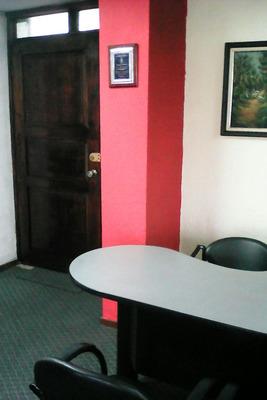 Oficina Departamento Excelente Ubicación Norte De Quito