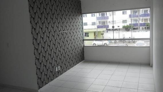 Apartamento 2/4 No Residencial Vitória - 409