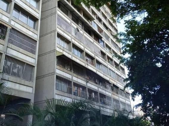 Apartamentos En Venta Bello Monte 20-18531
