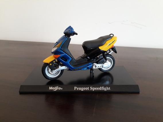 Miniatura Moto Maisto Peugeot Speedfight Azul Amarela 1:18