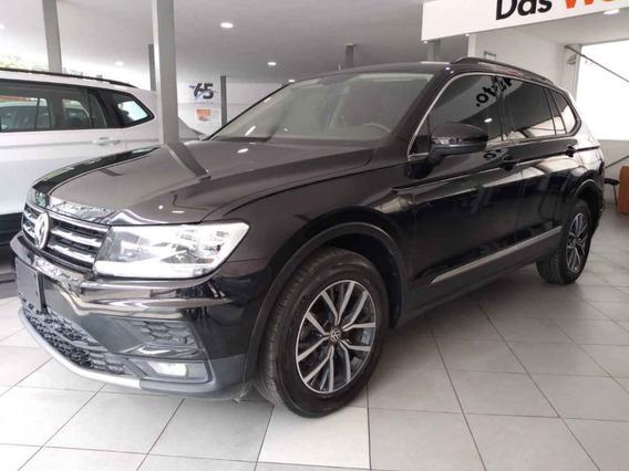 Volkswagen Tiguan 2018 5p Confortline L4/1.4/t Aut 7 Pas
