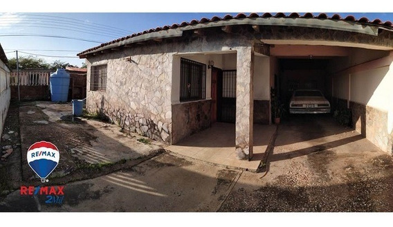 Casa En Urbanización Marisal- Av. Juan Bautista Arismendi