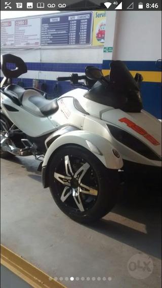 Moto Canam Spider