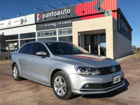 Volkswagen Vento 2.5 Advance Plus 170cv Tiptronic 2015