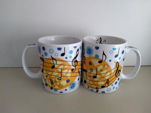 Imagem 1 de 2 de Caneca Notas Musicais