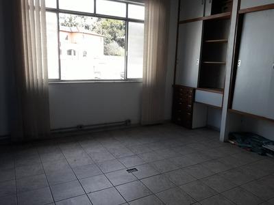 Sala Na Região Central De Conselheiro Lafaiete. - 743