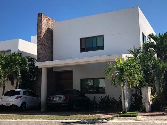 Bonita Y Acogedora Casa En Cumbres