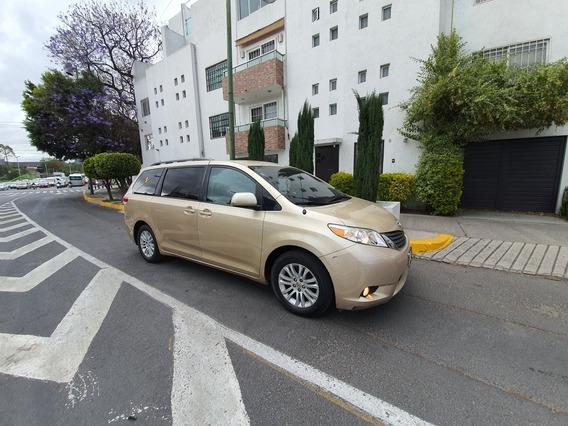 Toyota Sienna Xle At 2011