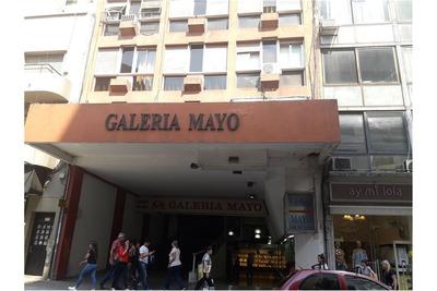 48 E/ 7 Y 8 Oficina En Galería Mayo