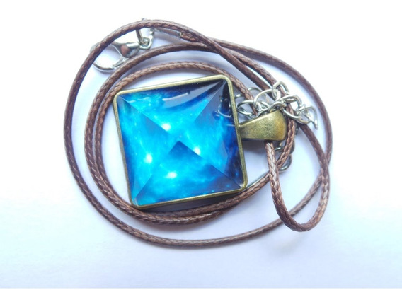Pingente Colar De Pirâmide Luminosa Azul