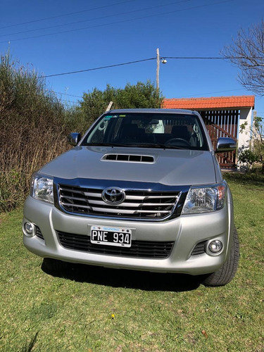 Toyota Hilux 3.0 Cd Srv Cuero 171cv 4x4 - E4 2016