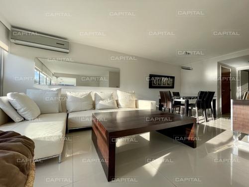 Venta De Apartamento Completamente Reciclado De Tres Dormitorios Más Dependencia En El Corazón De La Península- Ref: 31051
