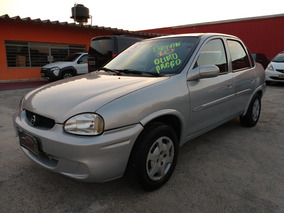 Gm Corsa Sedan Millenium 1.0 8v. 2002