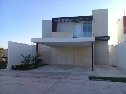 Casa En Venta En Arbórea, Lote 111, Conkal, Mérida Norte