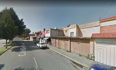 Amplia Casa En Metepec!! Remate Bancario